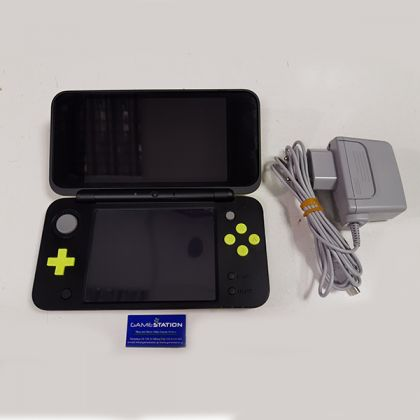New Nintendo 2DS XL Black & Lime Green
